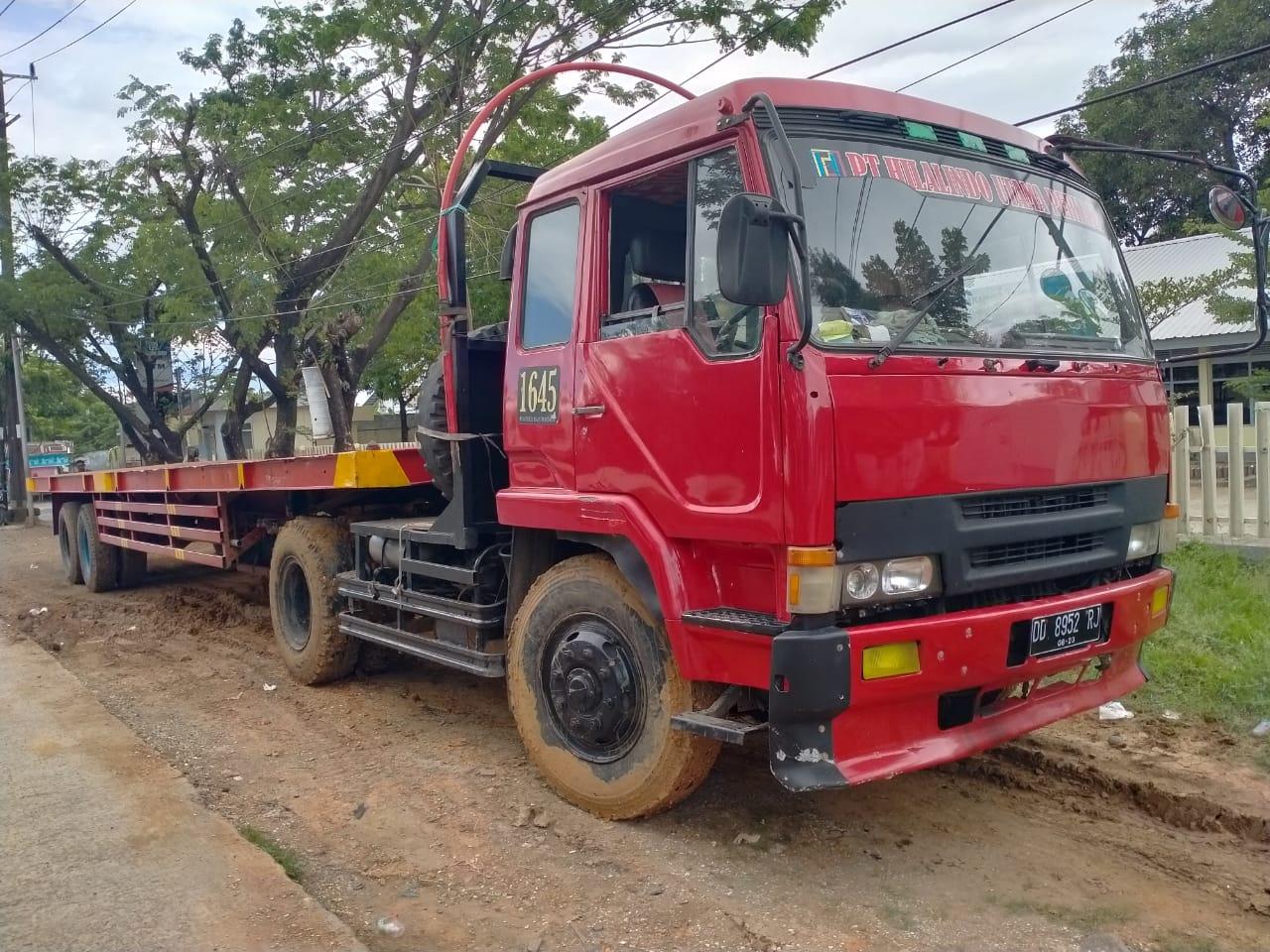 Truck Mitsubishi Fuso 220ps