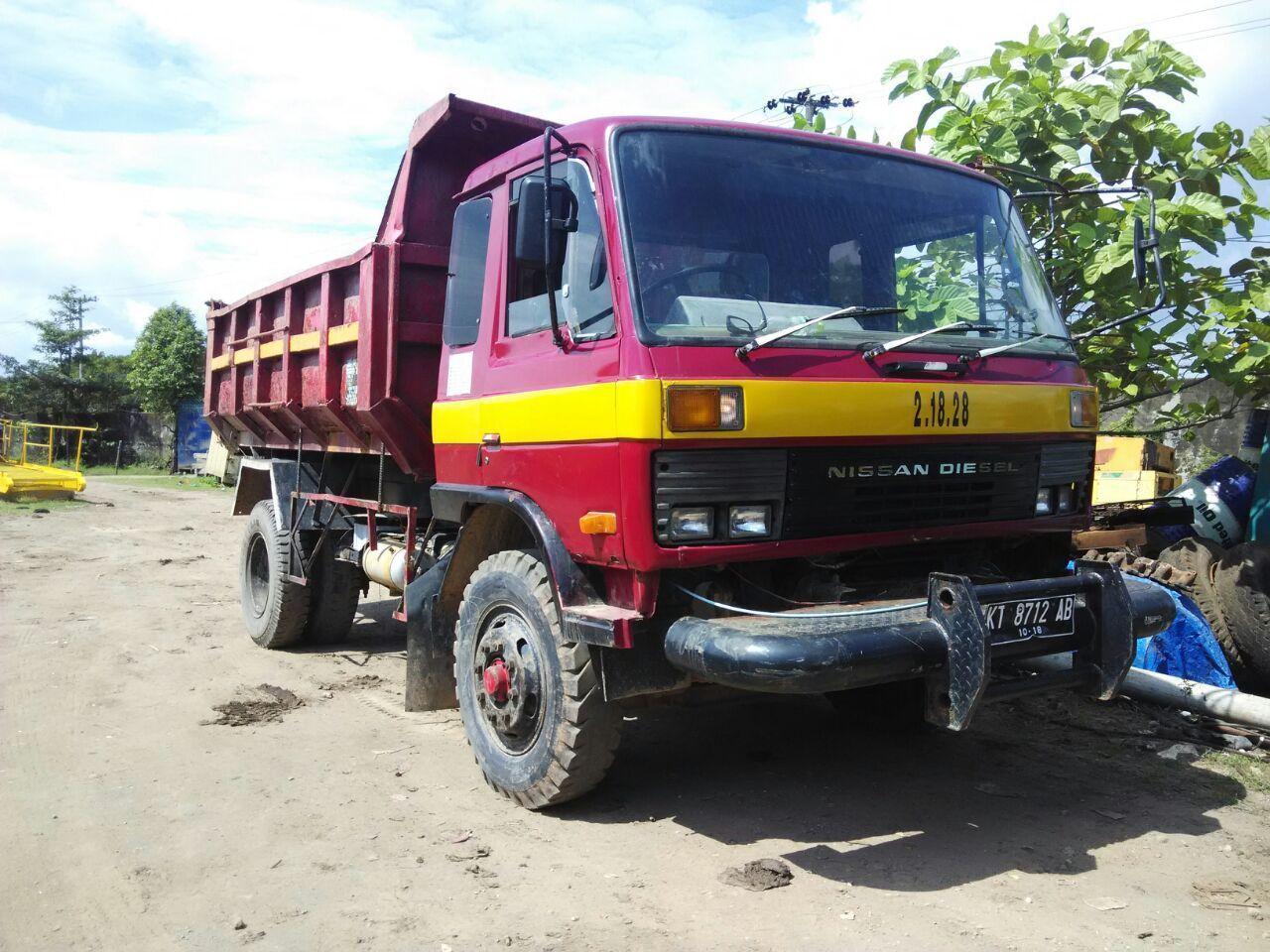 Truck Nissan CK12